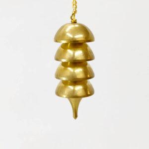 Péndulo campana en cuatro módulos